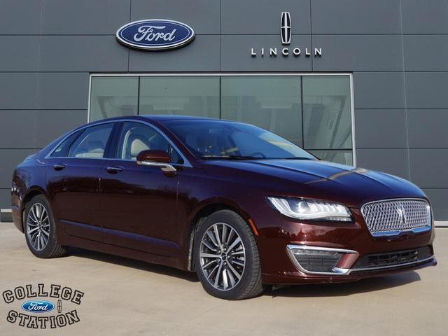 Pre Owned 2017 Lincoln Mkz Hybrid 4d Sedan In College Station
